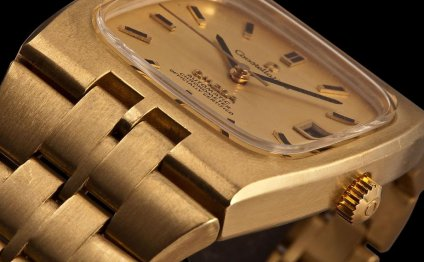 The integral line watches were