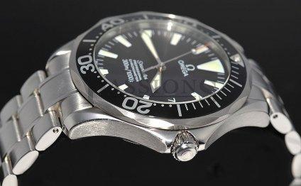 cb2c677c55f Omega Seamaster Professional 300M Chronometer   History of ...